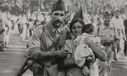 Releyendo «A 60 años de La Revolución y la Guerra» de Alberto Arregui